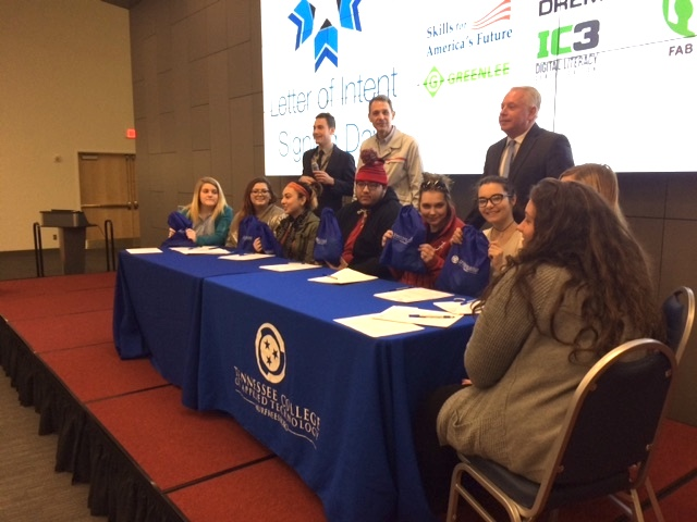 high school seniors sign letters of intent to attend