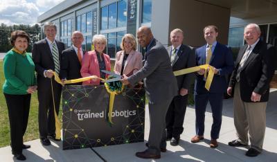 Motlow President Michael Torrence cuts ribbon for Motlow's Automation & Robotics Training Center