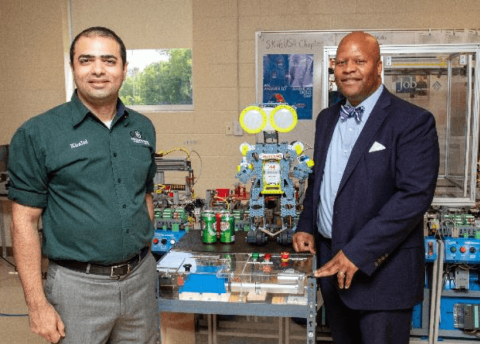 Motlow Professor Khalid Tantawi and President Michael Torrence