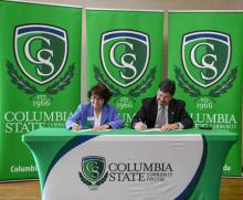 Columbia State President Janet F. Smith, UNA President Kenneth D. Kitts sign articulation agreement