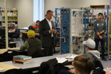 Gov. Lee visits with students in TCAT Hartsville's Industrial Maintenance/Mechatronics class